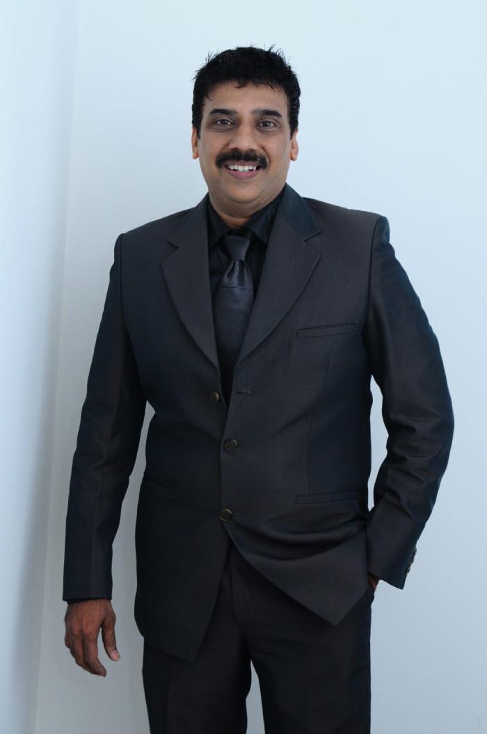 Dr. Mahesh Mandot